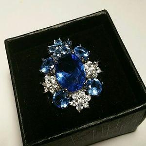 Beautiful Tanzanite Ring size 9.5 Silver 925